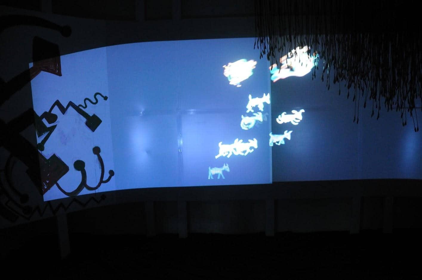 田島征三,繪本和樹木果實美術館,以「學校不是空的喔!」為主題,美術館中為一的多媒體動畫 繪本和樹木果實美術館 繪本和樹木果實美術館 hachi seizo tashima museum of picture book art 17