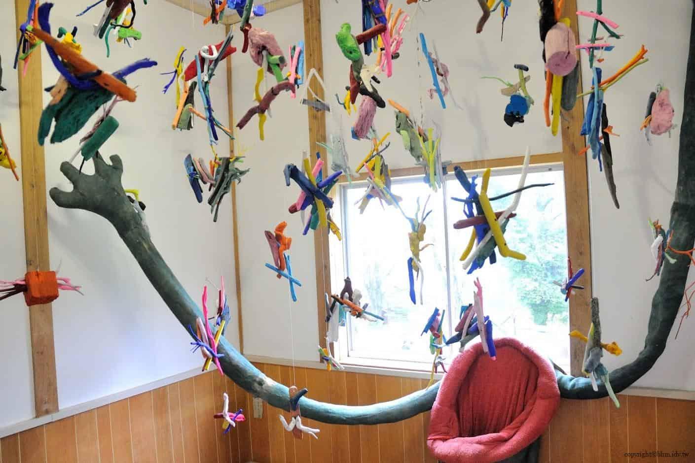 田島征三,繪本和樹木果實美術館,以「學校不是空的喔!」為主題 繪本和樹木果實美術館 繪本和樹木果實美術館 hachi seizo tashima museum of picture book art 18
